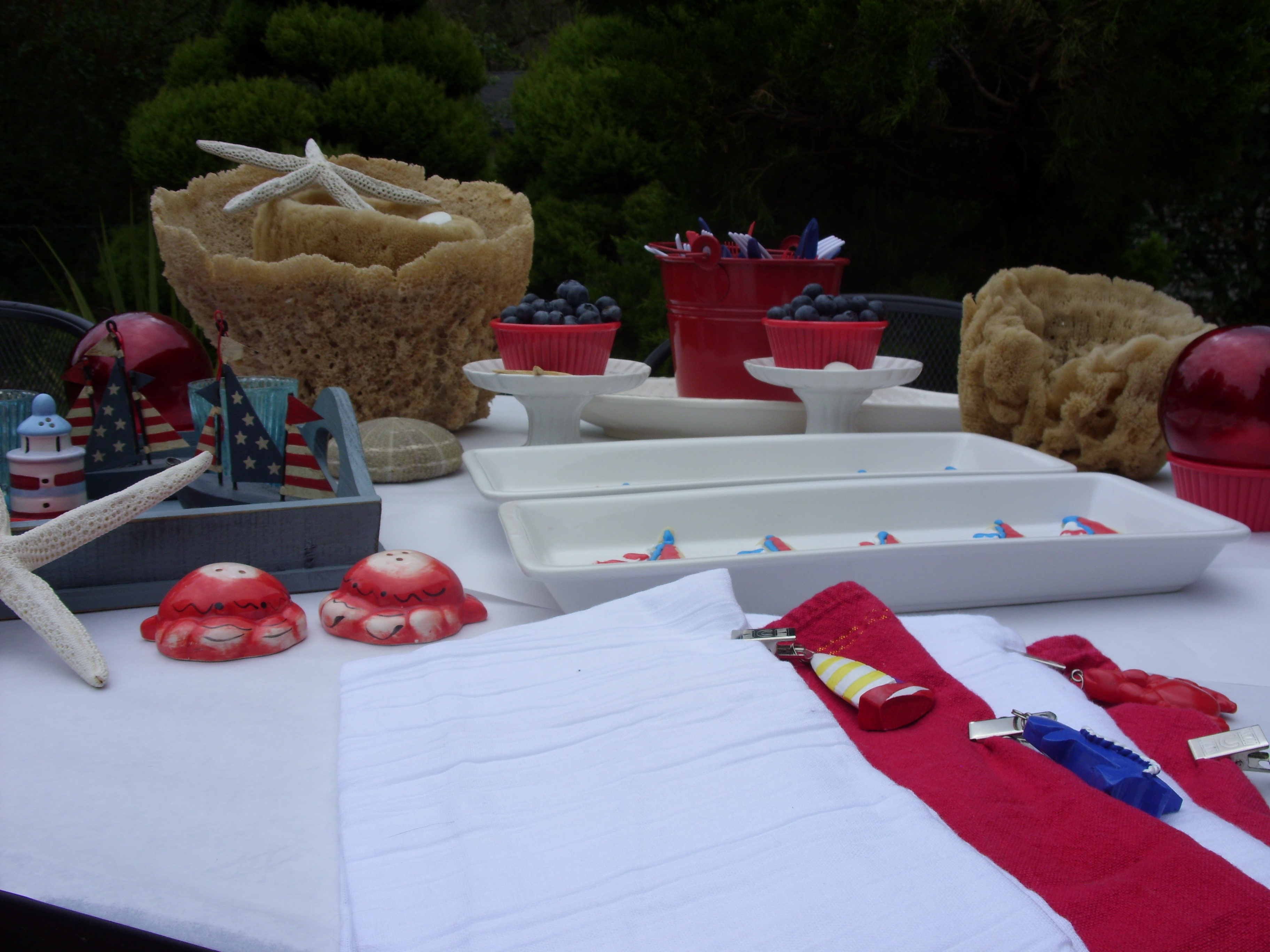 Nautical Table Settings Seafood Boil With Red White Blue Nautical Table Kristinpotpie