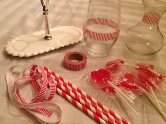 DIY Valentine Lollipop Centerpiece