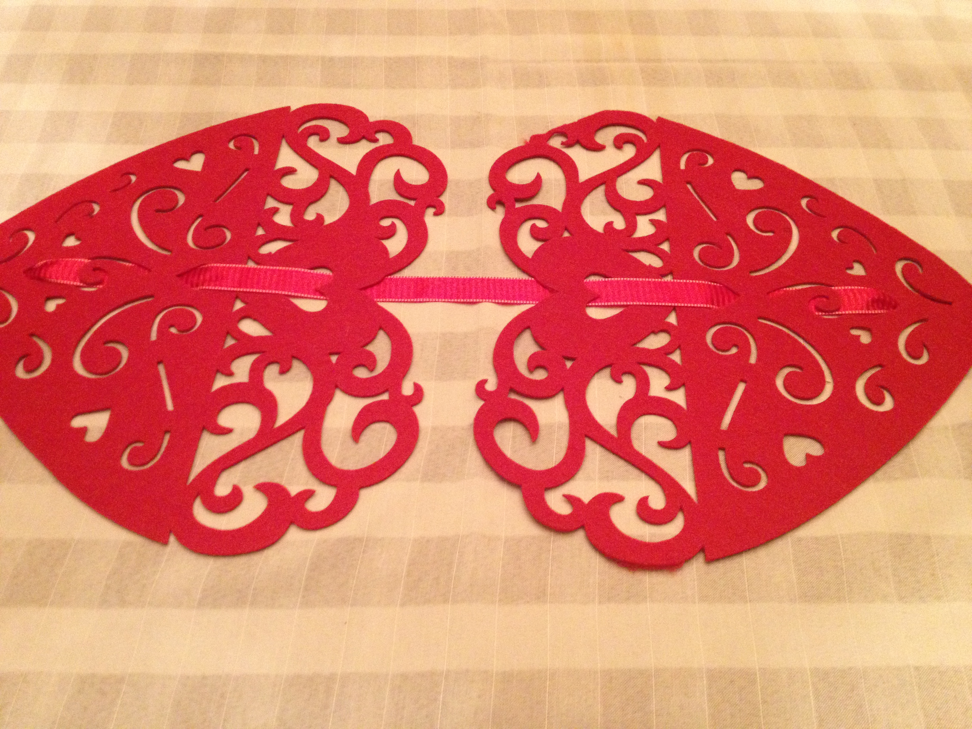 301 moved permanently for Diy valentine table runner
