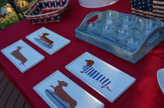 Claudia Pearson Dog Plates - West Elm